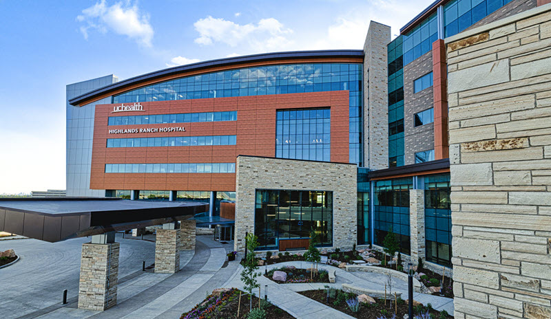 An exterior shot of Highlands Ranch Hospital