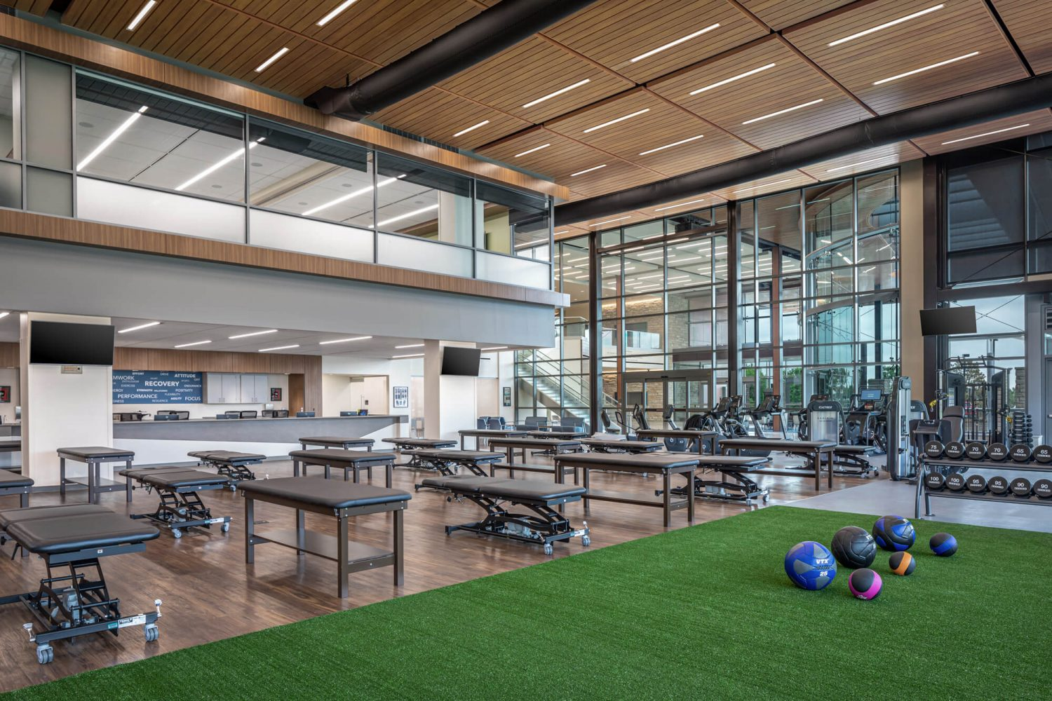 Sports performance and orthopedic clinic workout room