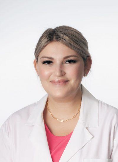 Photo of Stephanie Dennison, FNP