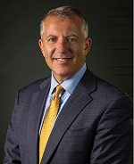 This is a picture of Dr. Rich Zane, UCHealth chief innovation officer and professor and chair of Emergency Medicine at the CU School of Medicine.