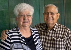 Portrait of Amy and Don Lovell who both had their aortic valves replaced at UCHealth University of Colorado Hospital.