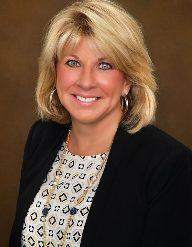 A photo of Dr. Elizabeth Pomfret