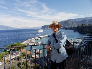 Yetz on a balcony in Italy.