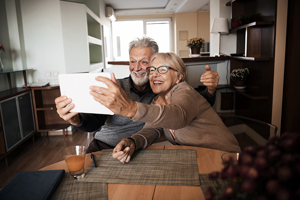 helping older adults to use video calling