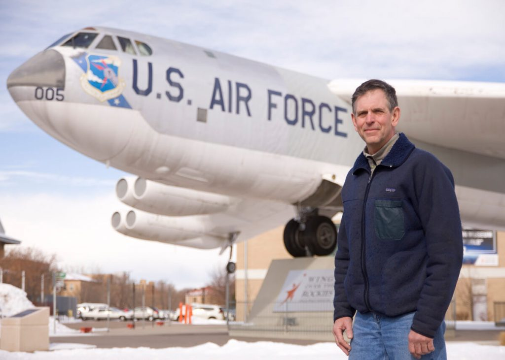 Hip replacement surgery at UCHealth Highlands Ranch Hospital helped Gary Richter, a United Airlines aircraft mechanic, get back to epic adventures.