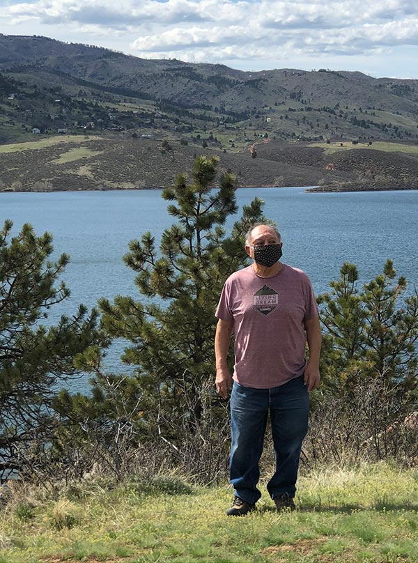 sam in front of horsetooth reservoir