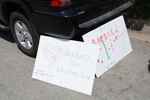 COVID and ECMO - Welcome-home signs for Barbara Gould